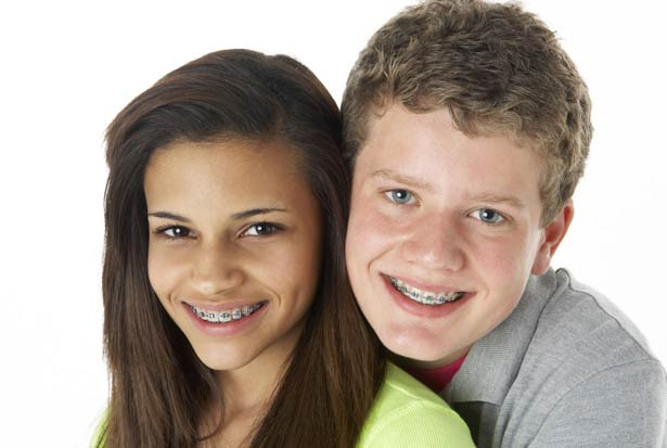Ortodoncia, tratamiento preventivo, dentición temporal, tratamiento interceptivo, dientes de leche, tratamiento correctivo, dientes definitivos, brackets, ortodoncia invisible, invisalign, aparatos correctores, aparatos removibles, aparatos fijos, posición dentadura y huesos, dentadura eficiente, sana y bonita, brackets, alineadores dentales, bracket autoligable, corrector dental, aparatos ortodoncia, bracket lingual, ortodoncia damon, clínica dental, boadilla del monte, majadahonda, madrid, dentista, dientes, odontologo